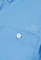 London Hub - Collared Shirt Pale Blue