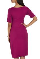 edit Maternity - Draped Wrap Dress Magenta