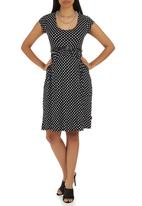Cherry Melon - Belted Scoop-neck Cap Sleeve Dress Black and White