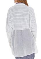 JUST CRUIZIN - Knit Stitch Detail Cardi White