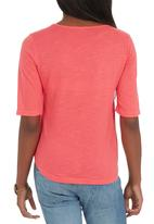 c(inch) - High Low T-shirt Coral