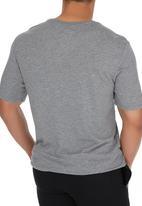 Nike - Nike Tee-Oversized Speckle Futura Mid Grey
