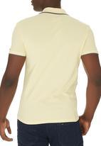 Lee  - Icon Polo Golfer Yellow