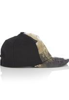 Character Fashion - Star Wars Peak Cap Multi-colour