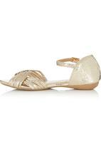 Footwork - Metallic Ankle Strap Sandal Gold