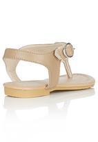 Pretty Feet - Embellished Sandal Beige