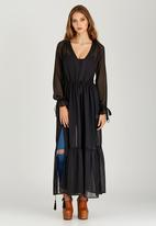 STYLE REPUBLIC - Tiered Maxi Dress Black