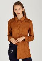 STYLE REPUBLIC - Suedette Shirt Camel/Tan