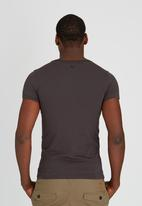 SOVIET - Theodore S/Slv Printed T-Shirt Dark Grey