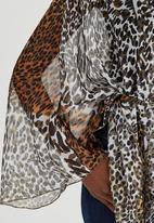 Dusud - Scarf Top Animal Print