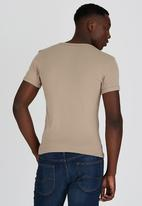 Lee  - Academic S/S T-Shirt Stone