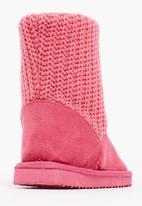Foot Focus - Ugg Boot Dark Pink