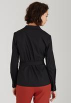 edit - Structured Wrap Shirt Black