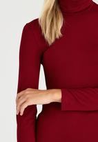 c(inch) - Long Sleeve Polo Neck Top Dark Red
