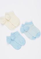 Soobe - 3 Piece Socks Set Pale Blue