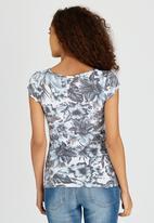 c(inch) - Printed T-Shirt Blue