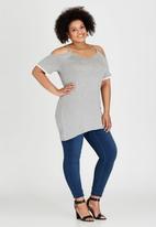 STYLE REPUBLIC PLUS - Cold Shoulder T-shirt Grey