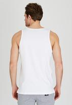 DC - Built Up Vest White