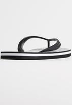 RVCA - Trench Town Sandal Black and White