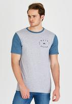 Quiksilver - Round Tail T-Shirt Grey