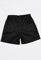 Rebel Republic - Twill Shorts Black