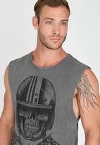 Quiksilver - Fashion Fit Vest Grey