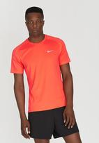 Nike - Nike DF Miler T-Shirt Orange