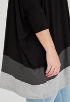 STYLE REPUBLIC PLUS - Colourblock Tunic Black