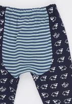 Just chillin - Sheep Pants Navy
