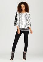 RUFF TUNG - Reversible Twiggy Top Black and White
