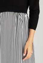 RUFF TUNG - Striped Molly Dress Black and White