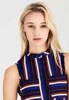 London Hub - Sleeveless Striped Longline Shirt Navy