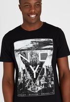 Dissident - DD Tri-City T-Shirt Black