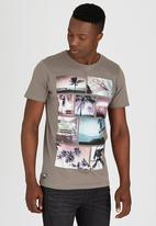Dissident - DD Faded T-Shirt Grey