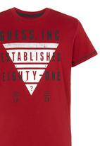 GUESS - Foil Triangle Tee Red