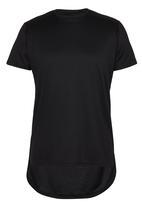 Brave Soul - Crew Neck T-Shirt with Curved Hem Black