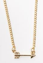 FUNKY FISH - Key and Arrow Pendent Layered Necklace Gold