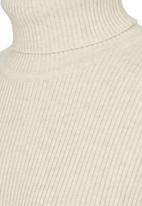 Rebel Republic - Ribbed Poloneck Beige