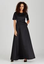 AMANDA LAIRD CHERRY - Leola Maxi Dress Black