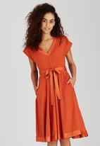 AMANDA LAIRD CHERRY - Apricot Mia Shift Dress Orange