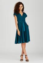 AMANDA LAIRD CHERRY - Pacific Mia Shift Dress Green