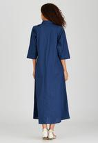 AMANDA LAIRD CHERRY - Cassia Shirt Dress Mid Blue
