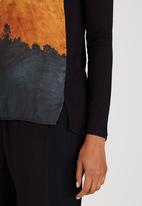 Marique Yssel - Abstract Forest Combo Printed Top Black