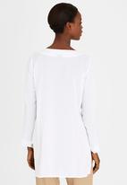 Marique Yssel - Triangle Top White