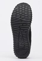 Tom Tom - Lace-up Sneakers Black