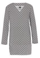 Marique Yssel - Diamond Check Triangle Top Black and White