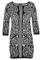 Revenge - Patterned Bodycon Black and White