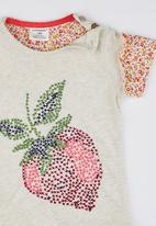 POP CANDY - Strawberry Tee White