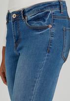 Brave Soul - Vintage Wash Knee Rip Skinny Jeans Mid Blue