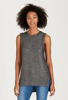 Brave Soul - Metallic Sleeveless Knit Silver